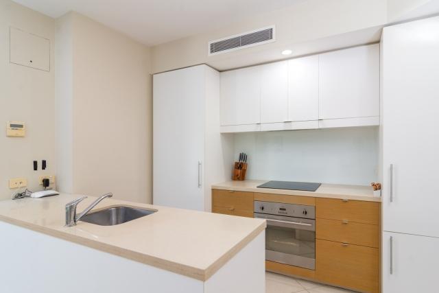 201 Lake Street, 2 Bedroom Apartment